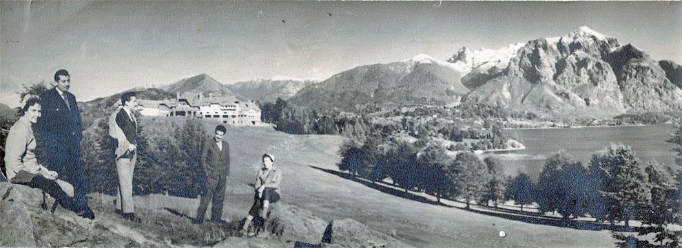 Adolfo Riganti con amigos en Bariloche (1958)